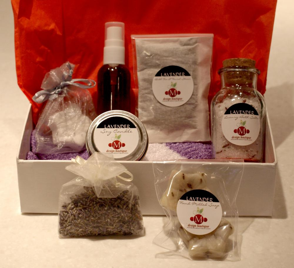 Deluxe Lavender Essential Oil Spa Kit/Gift Set